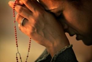 Zwycięstwo-modlitwy-różańcowej-na-Filipinach
